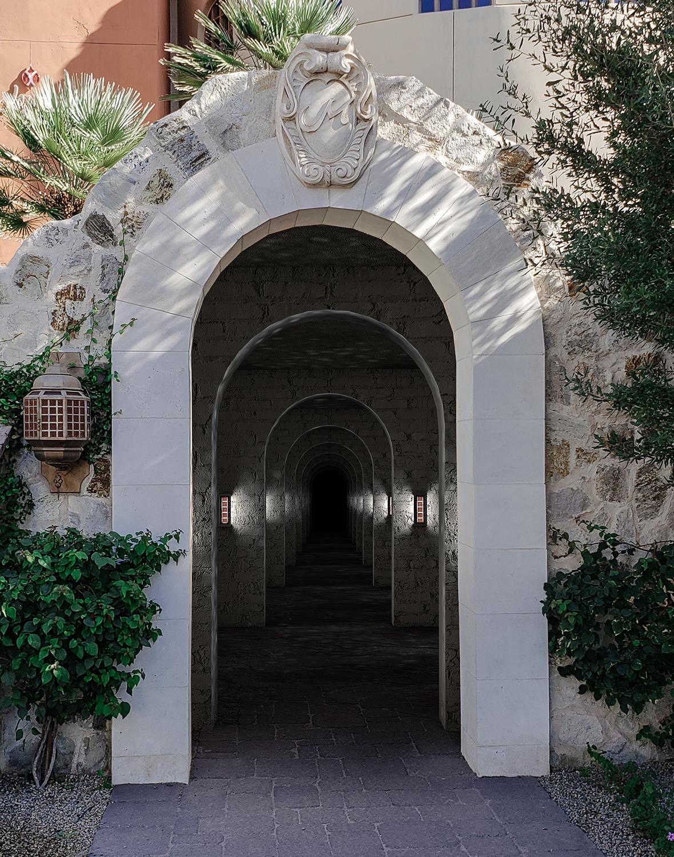 Rock-Tunnel